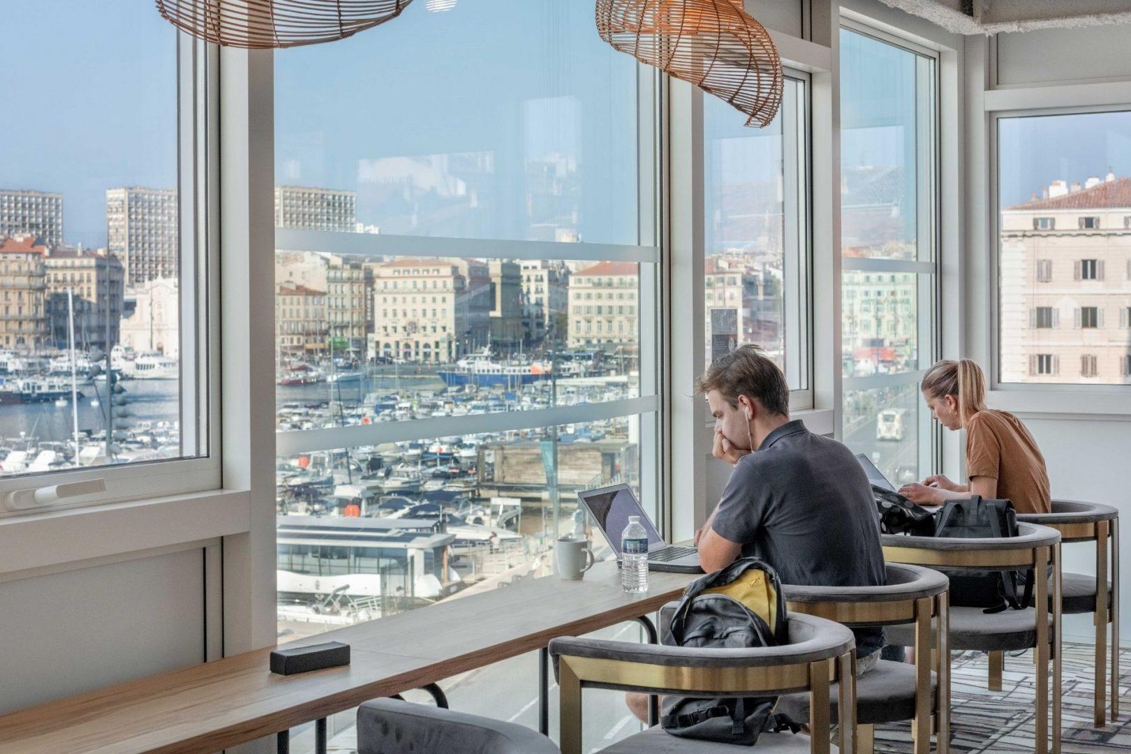 Offre pionnier chez now coworking à Marseille - Location de bureaux